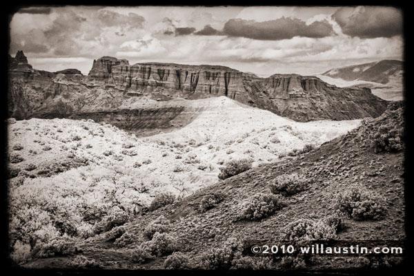 Canyon scenic near Chimayo, New Mexico