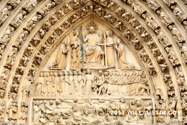 Entry sculpture, Notre Dame Cathedral in Paris