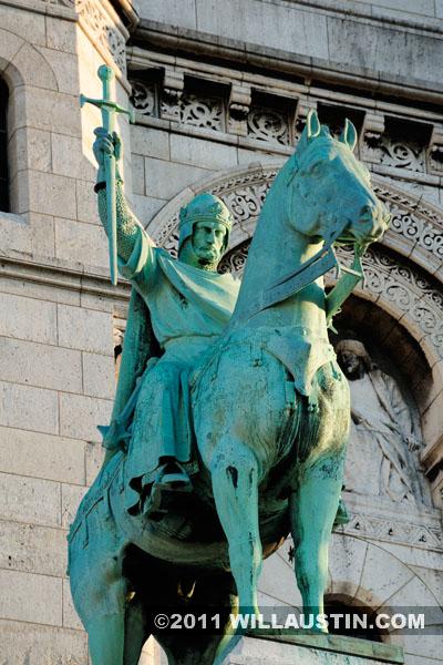 Statue of King Louis IX at the Sacré-Cœur Basilica in Paris, France