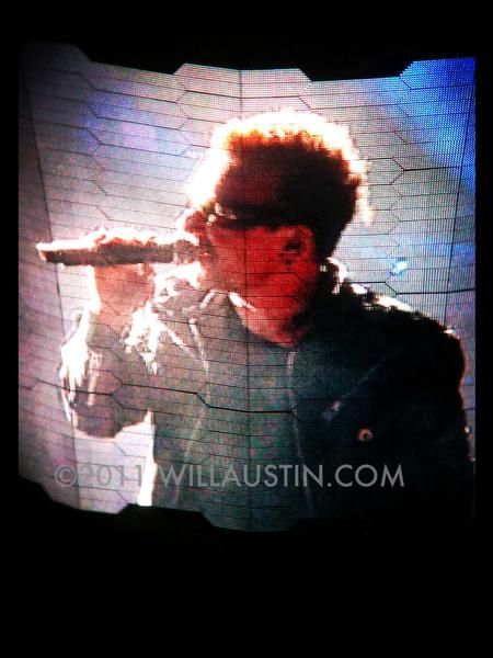 U2 360 tour Seattle, Bono