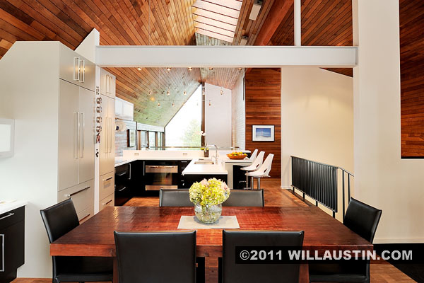 Kelly Residence interior designed by Paul Hayden Kirk and redesigned by Lane Williams of Coop 15