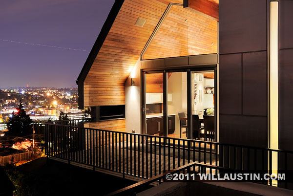Kelly Residence exterior designed by Paul Hayden Kirk and redesigned by Lane Williams of Coop 15