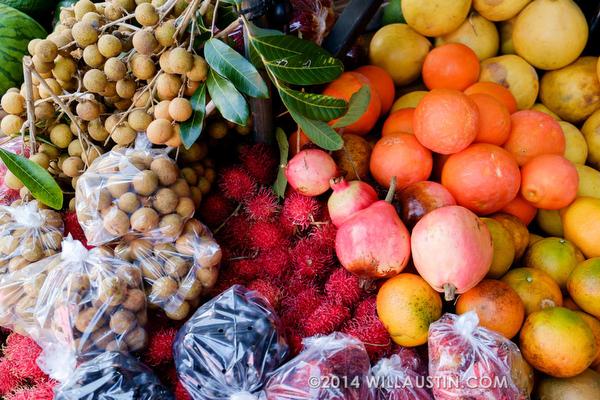 Tropical fruit at Hawaii Big Island farmer's market