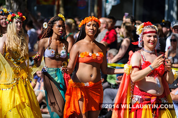 Belly dancers at the 2014 Fremont Solstice Parade in Seattle